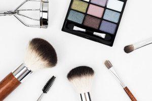 Aprire un negozio di cosmetici